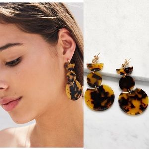 Tortoiseshell Geometric Drop Earrings